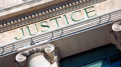 Law Services - Abolition of banking secrecy: what risks to expect?