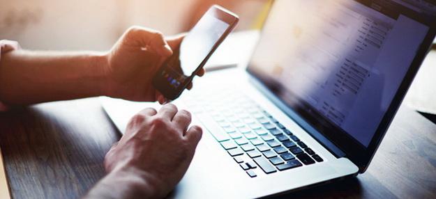 Підпис в електронних договорах: практика Верховного Суду України